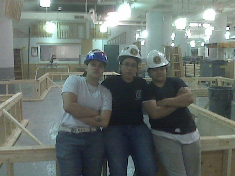 tania-sonny-olga-608carpenters